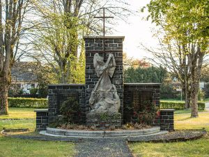 Kriegerdenkmal in Höhn-Schönberg. Foto: Martin Kraft, CC-BY-SA.