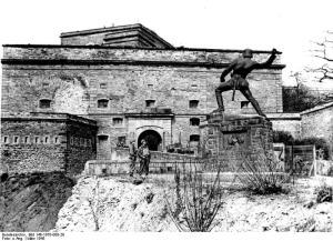 März 1945. Foto: Bundesarchiv, Bild 146-1970-088-28 / U.S. Signal Corps / CC-BY-SA